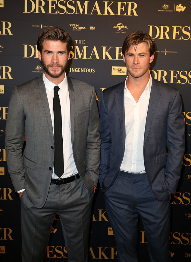 ¿Cuánto mide Chris Hemsworth? - Real height Rs_634x867-160303182906-set_liam_hemsworth_chris_hemsworth_the_dressmaker_premiere