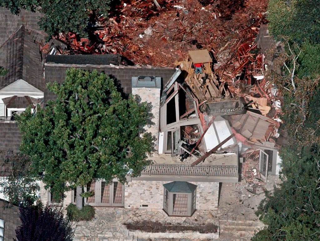 5 Things You Didn T Know About O J Simpson S Infamous Old House E Online Ca