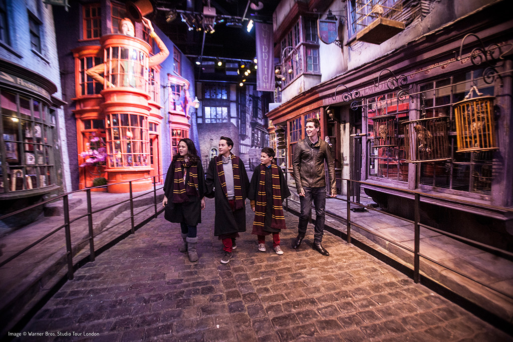 Warner Brothers Harry Potter Studio Tour Vip London