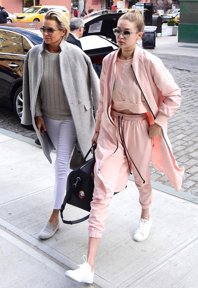 Gigi Hadid, Yolanda Hadid