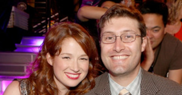 Ellie Kemper Is Pregnant! Actress and Husband Michael ...