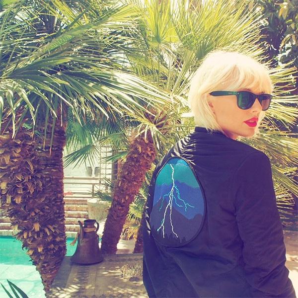 Taylor Swift, Short Bleached Blond Hair