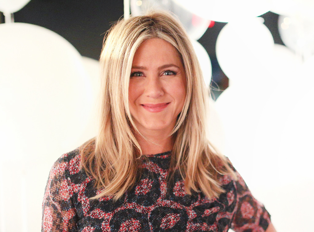 ESC: Jennifer Aniston