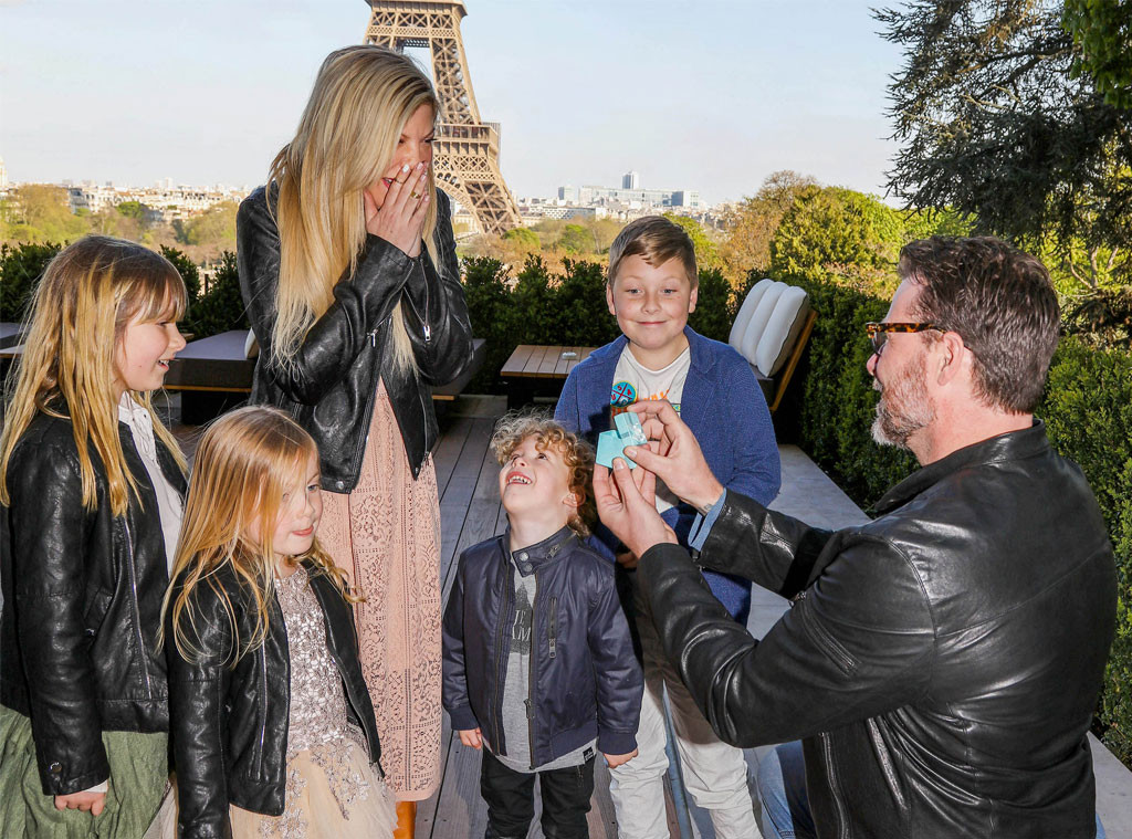 Tori Spelling, Dean McDermott, 10th Wedding Anniversary, Proposal