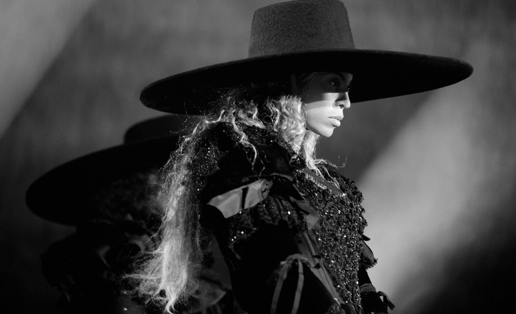 a breakdown of every latex, crystal and lace costume on beyoncé's