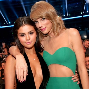 Selena Gomez, Taylor Swift, American Music Awards 2014