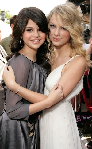 Selena Gomez, Taylor Swift, 2008