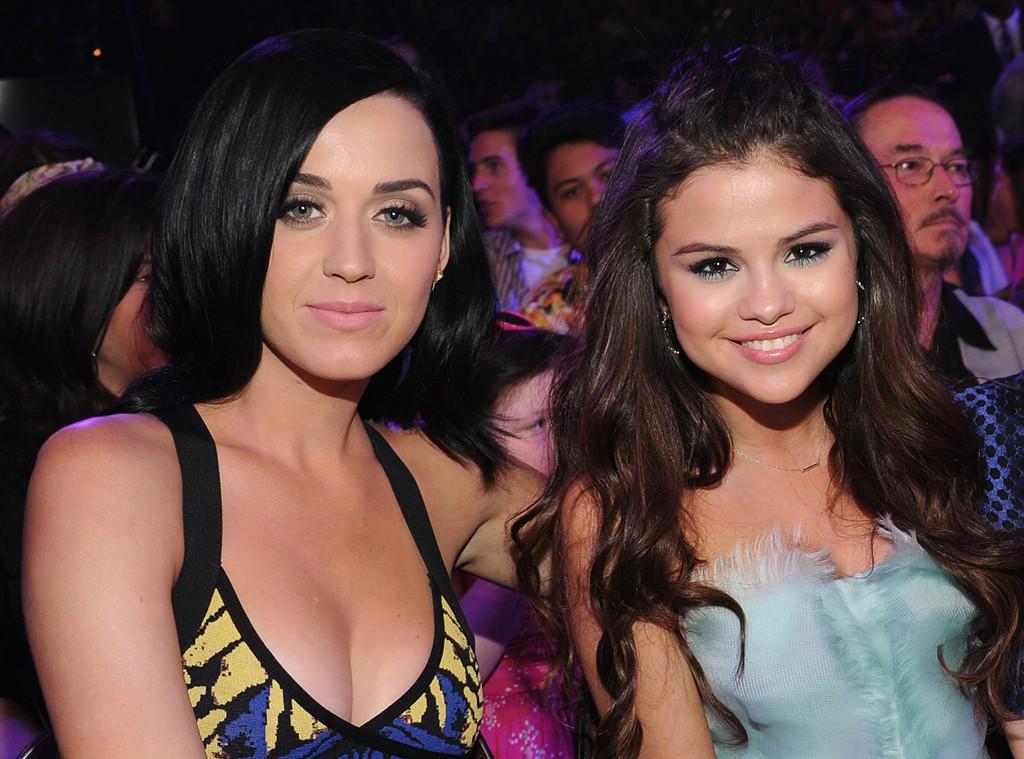 Kuka on Katy Perry dating WDWottelu tehdä Kundli ohjelmisto Lataa