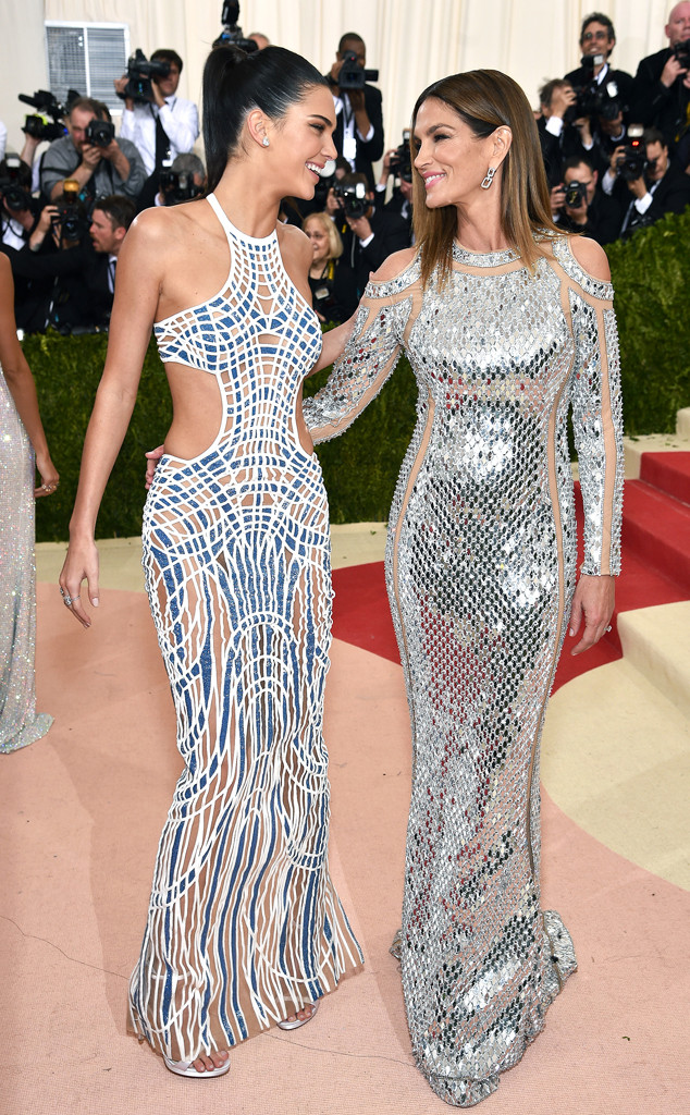 Kendall Jenner, Cindy Crawford, MET Gala 2016, Arrivals, Bff