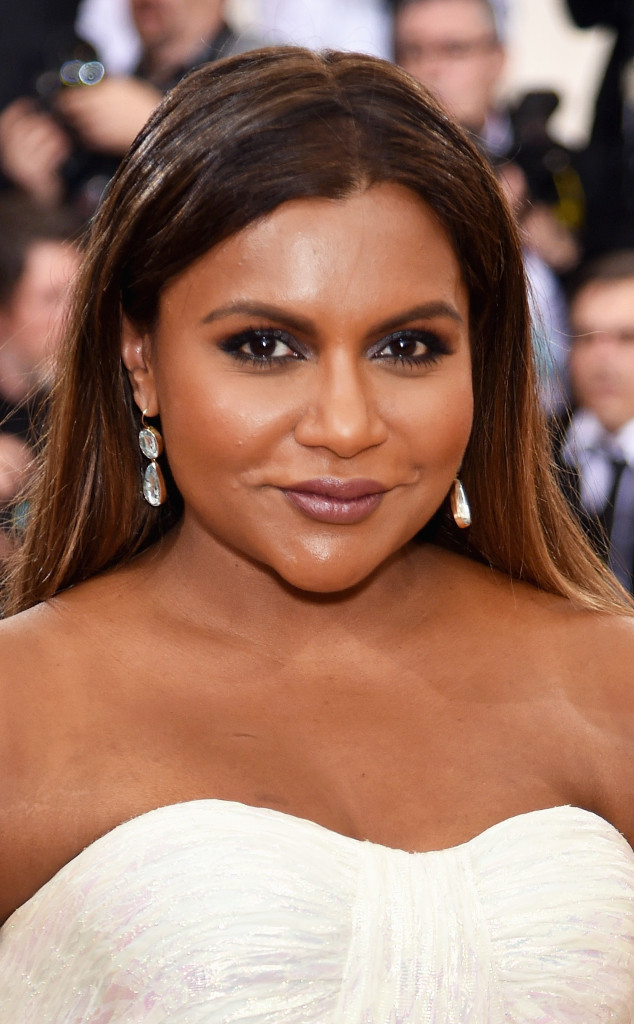 How Mindy Kaling Got Ready For The Met Gala E Online