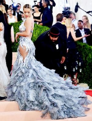 ESC: Rita Ora, MET Gala 2016, Candids