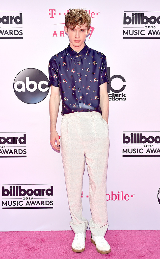 Troye Sivan, 2016 Billboard Music Awards