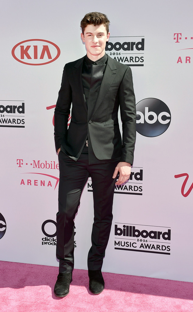 Shawn Mendes, 2016 Billboard Music Awards