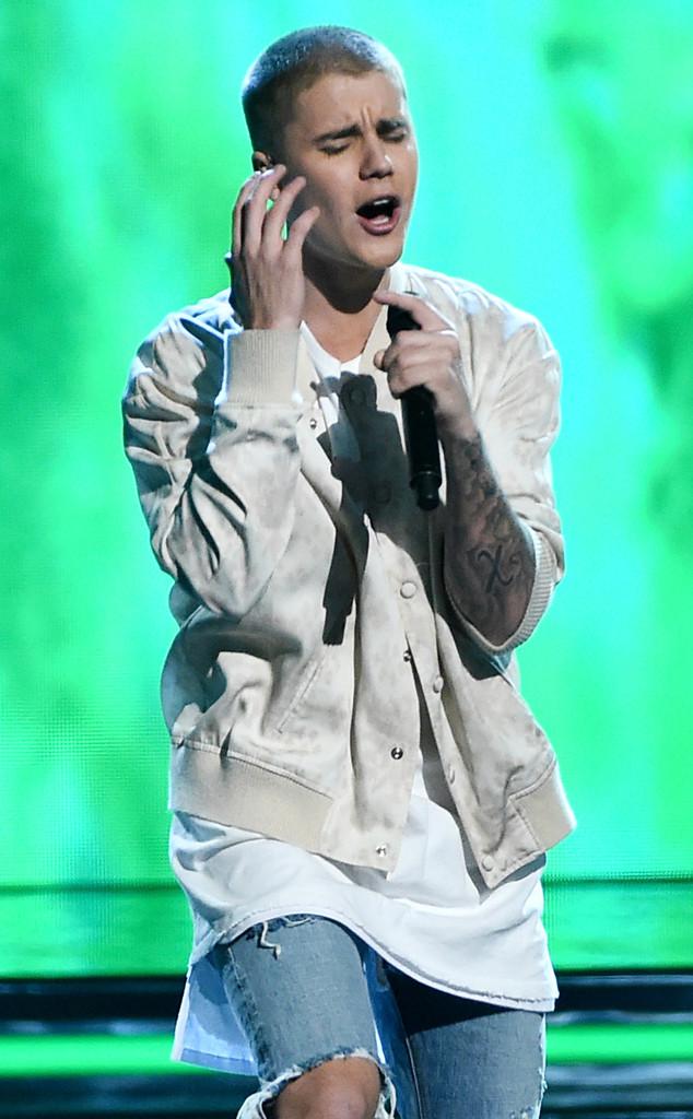 Justin Bieber, 2016 Billboard Music Awards, Show