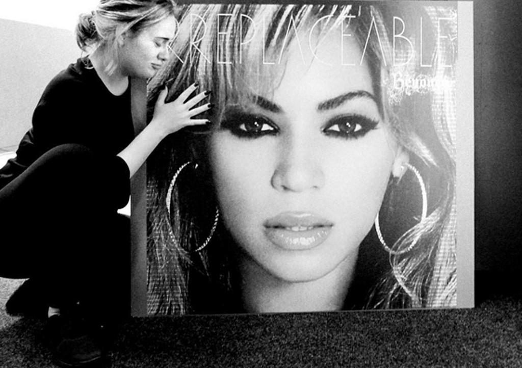 Beyonce, Adele, Instagram