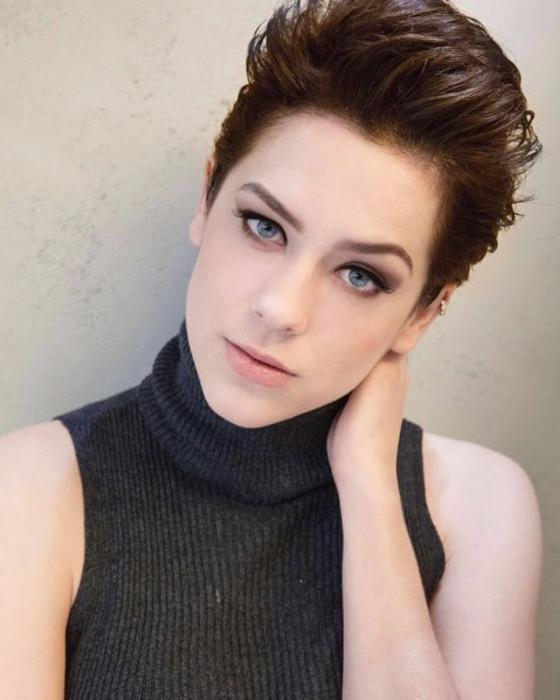 dece4d34e6f1c As atrizes que fazem sucesso no YouTube   E! News