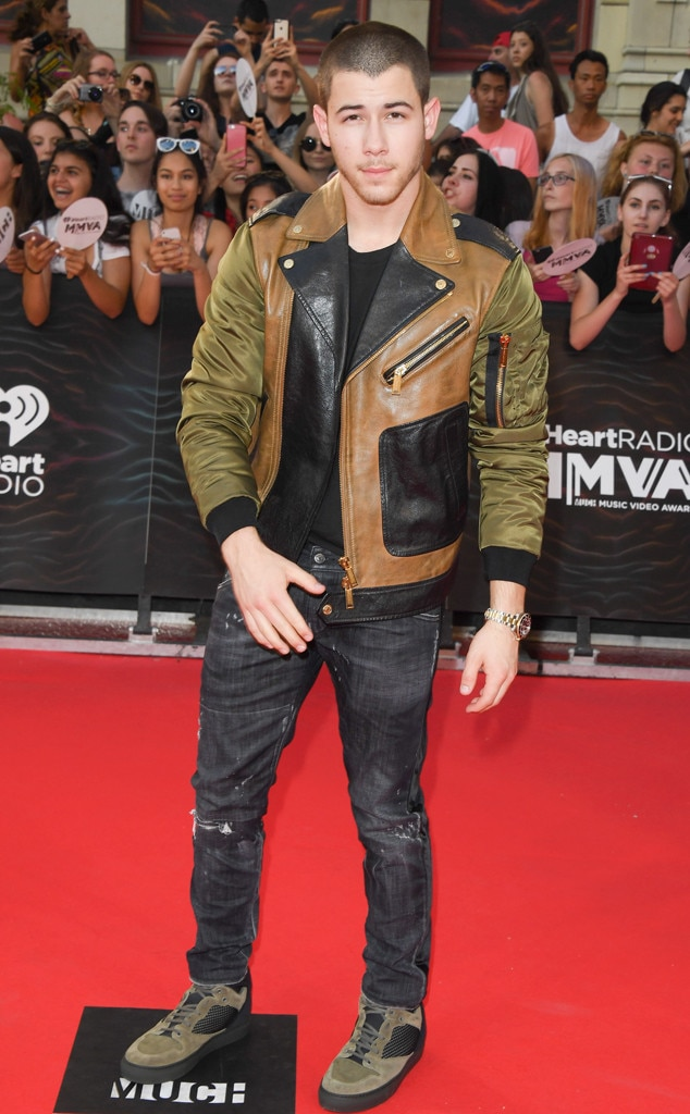 Nick Jonas, Much Music Awards 2016