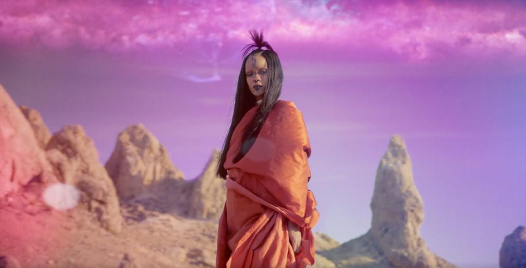 Rihanna, Sledgehammer Music Video