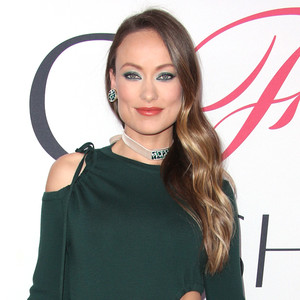Olivia Wilde Shares a Precious Baby Bump Picture for a Good Cause!