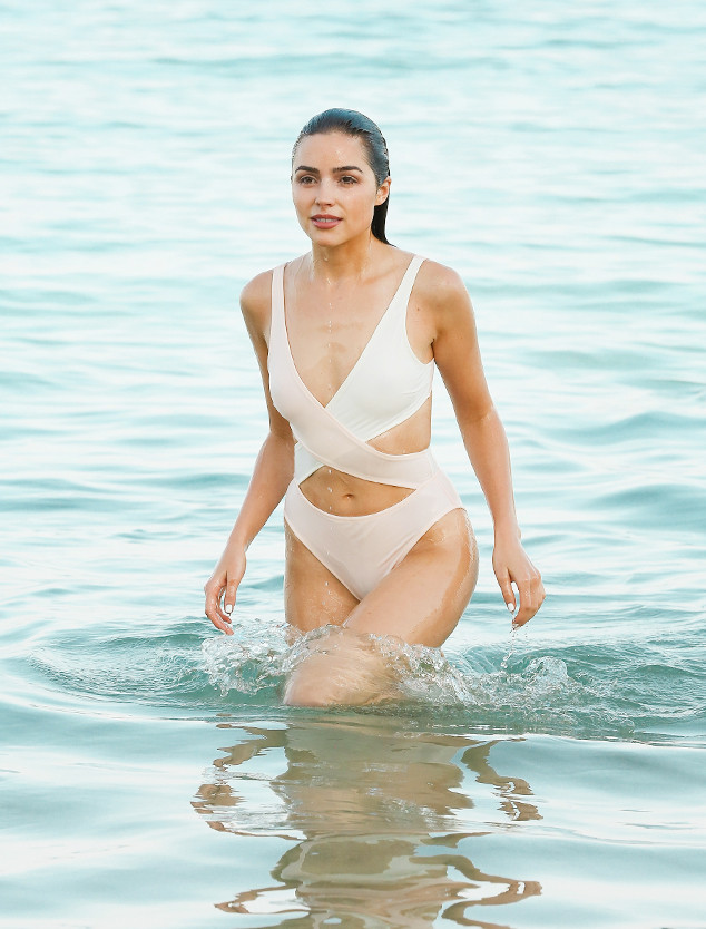 Olivia Culpo S One Piece Just Set The Summer Swimsuit