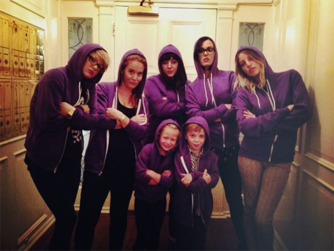 Katy Perry, Justin Bieber Fans, 2012 Photo