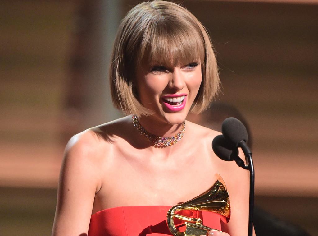 Taylor Swift, Accepting Award