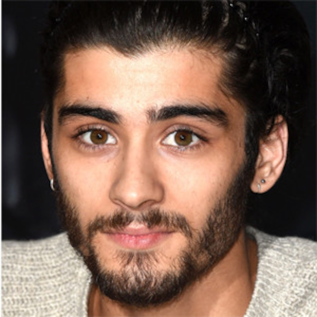 Zayn Malik Just Shaved His Beard Fans Are Going Wild See The Pic E Online