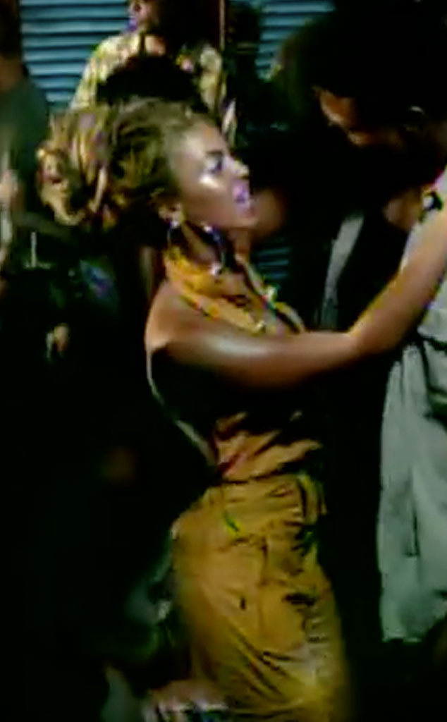 Say My Name To Irreplaceable 10 Music Video Looks Beyoncu00e9 Would Never Wear Today   E! News