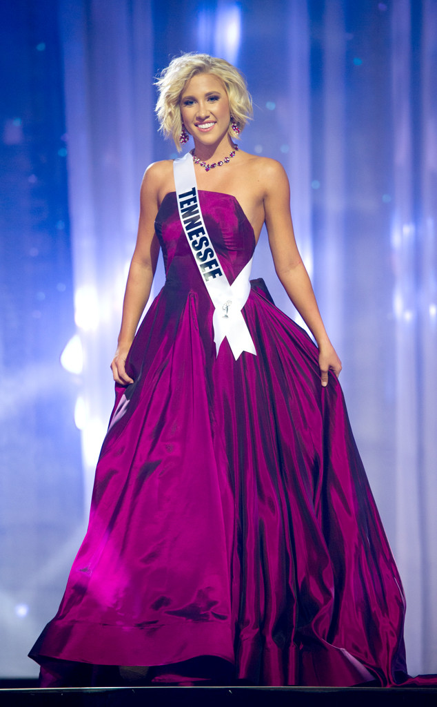 Chrisley Knows Best Star Savannah Chrisley Takes the High Road After Losing Miss  Teen USA 2016