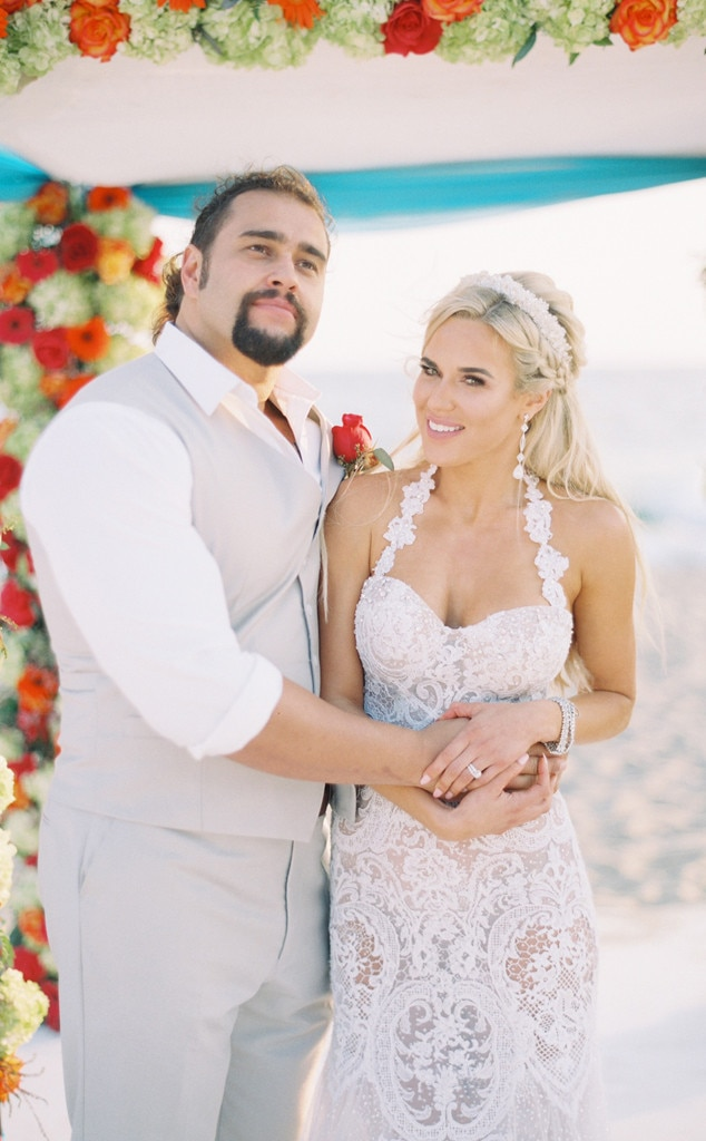 Inside Total Divas Newcomer Lanas Magical Malibu Wedding Get the