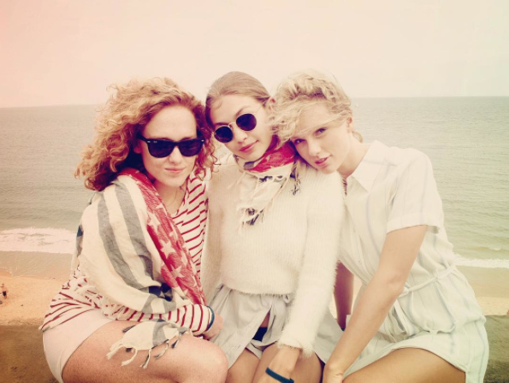 Vote For Your Favorite Taylor Swift 4th Of July Look E Online