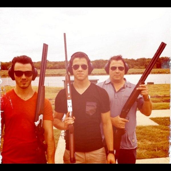 Nick Jonas, Joe Jonas, Kevin Jonas, Instagram