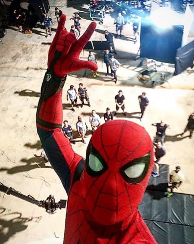 Tom Holland Spider-Man & New Spider-Man Tom Holland Took the Coolest Selfie Ever   E! News