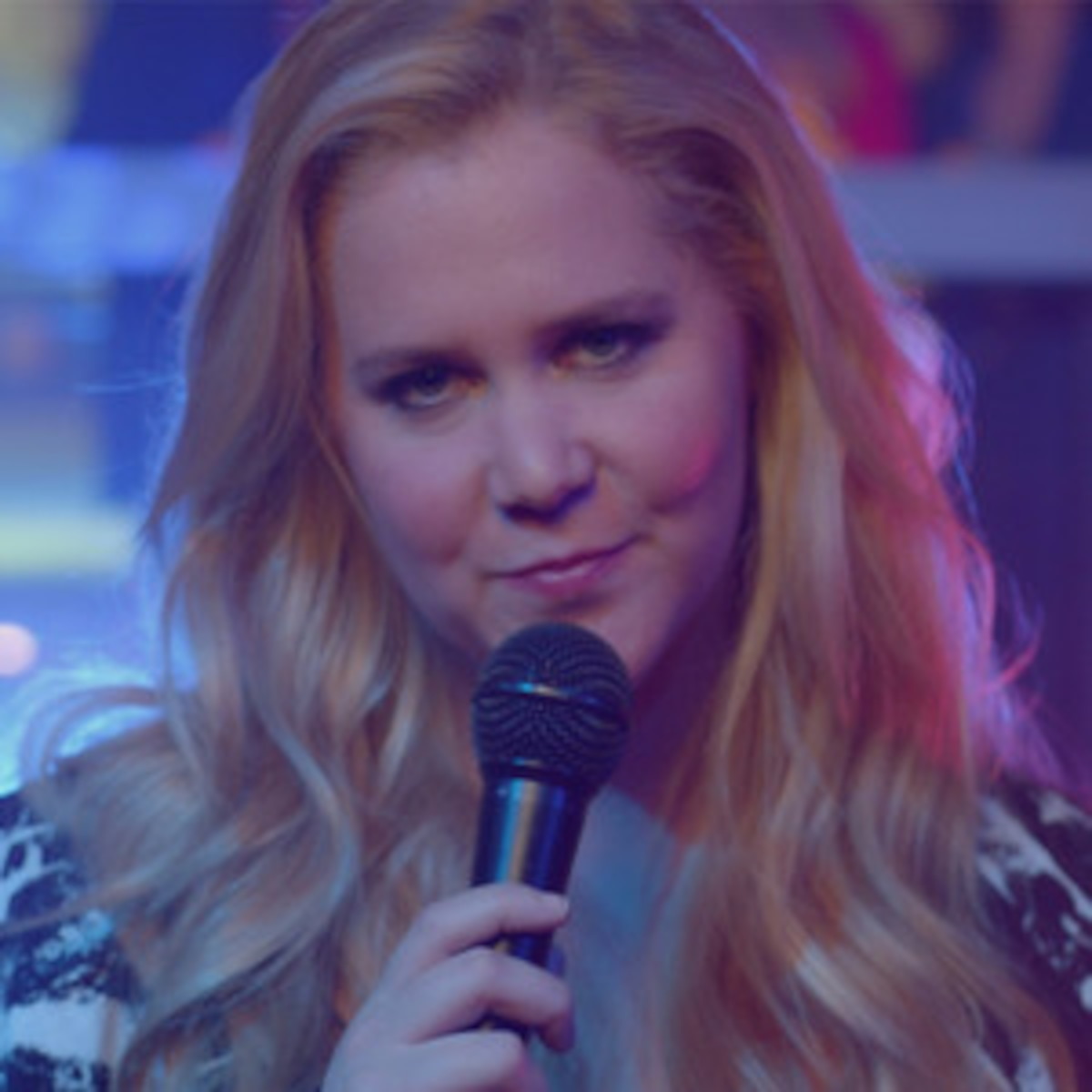 Amy Schumer Tit Pics heckler tells amy schumer to show him her ''tits'' | e! news