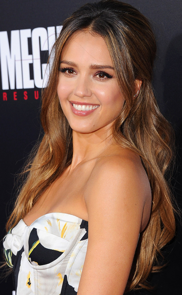 How to Get Jessica Alba s Romantic Hair—It s Honestly so Easy!   E ... 67c3c0ab257c