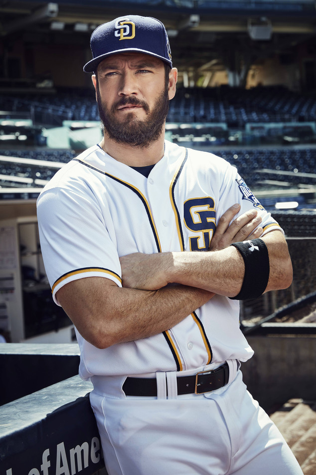 Pitch, Mark-Paul Gosselaar