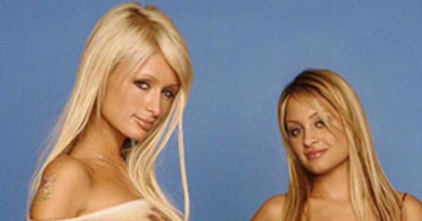 Paris Hilton S Amp Nicole Richie S Iconic 2000s Fashion