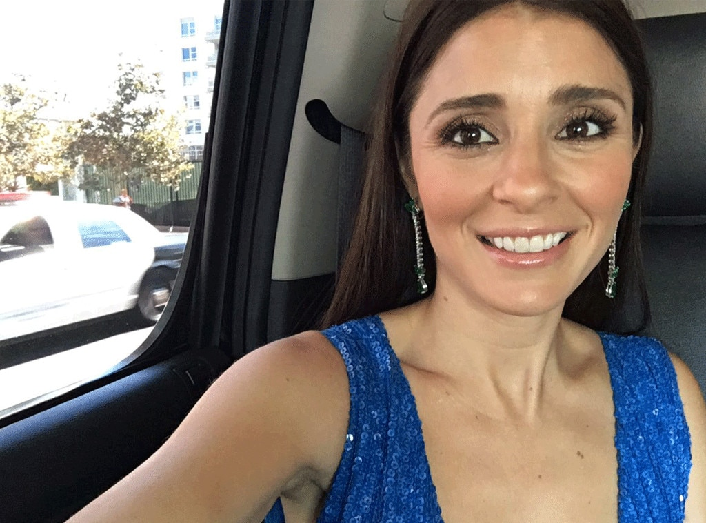 Shiri Appleby, Emmys Instagrams