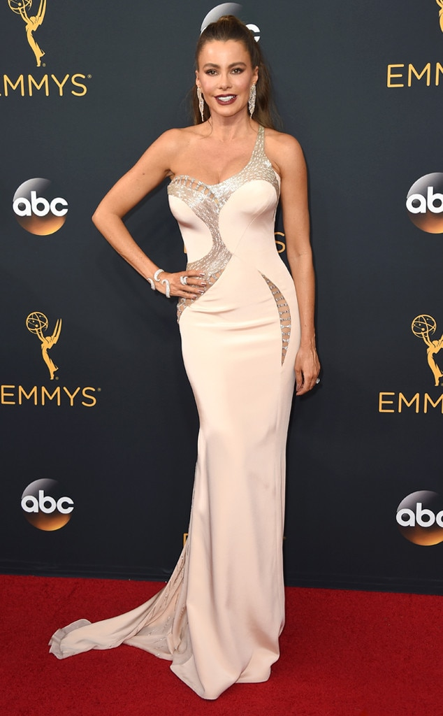 Sofia Vergara, 2016 Emmy Awards, Arrivals