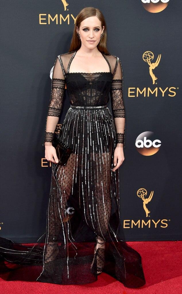 Carly Chaikin, 2016 Emmy Awards, Arrivals