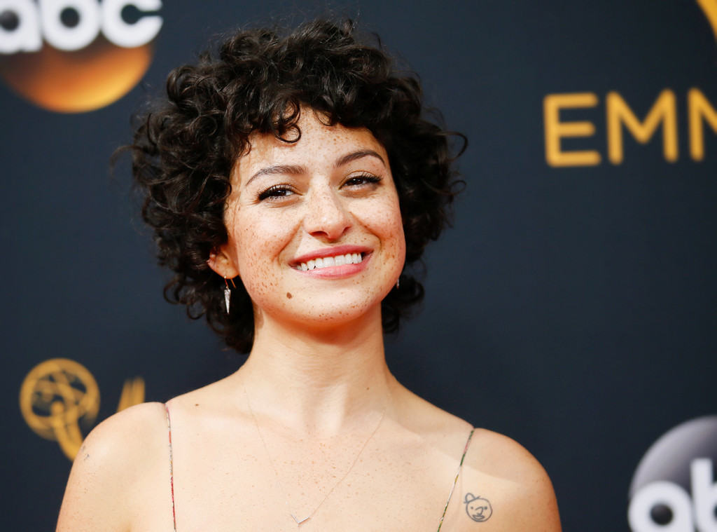 ESC: Alia Shawkat, 2016 Emmy Awards, Hair