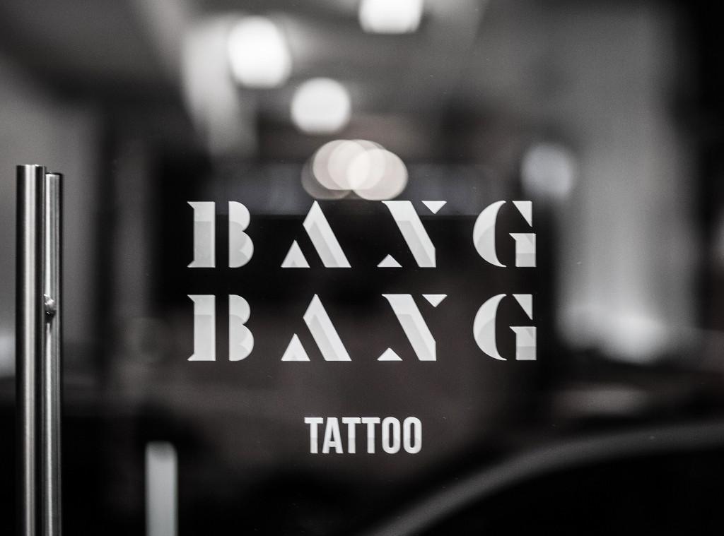 ESC: Trendsetters at Work, Bang Bang