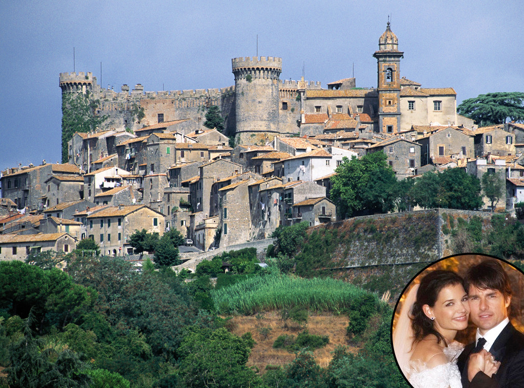 Hollywoods Coolest Destination Weddings, Katie Holmes, Tom Cruise