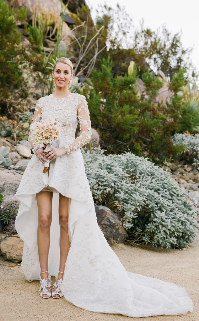 Piper perabo from celebrities nontraditional wedding dresses e news junglespirit Choice Image