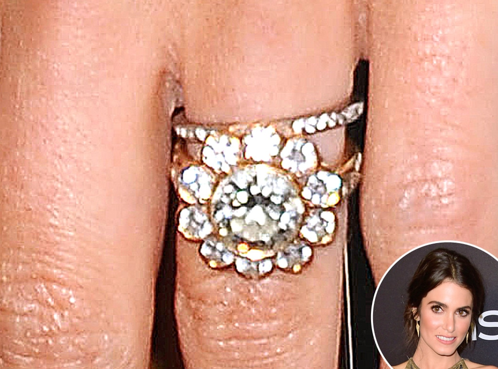 c6b522276a45e Ashlee Simpson from Truly Unique Celebrity Engagement Rings   E! News