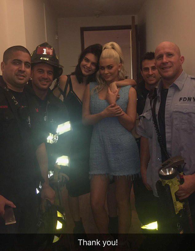 Kendall Jenner, Kylie Jenner, Stuck in Elevator