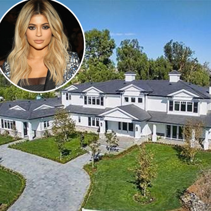 Kylie Jenner Just Bought Another Mansion In Los Angeles E News