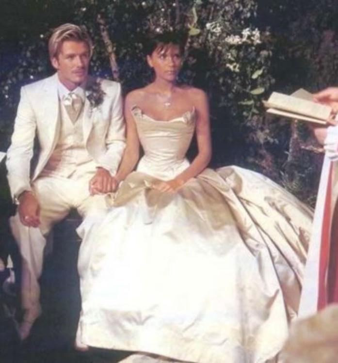 top 8 de los vestidos de novia más costosos de las celebridades (+