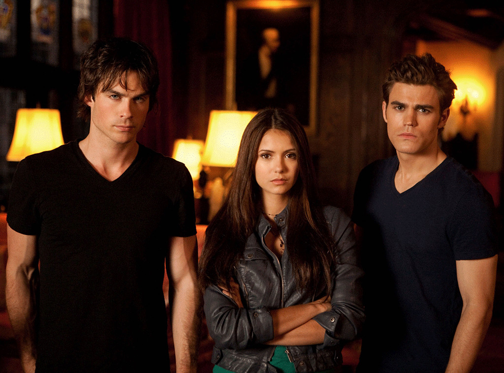 How Well Does The Vampire Diaries Cast Remember Season 1 E Online Au