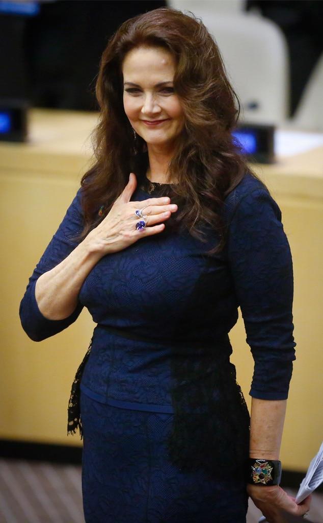Lynda carter from the big picture todays hot photos e news lynda carter thecheapjerseys Choice Image